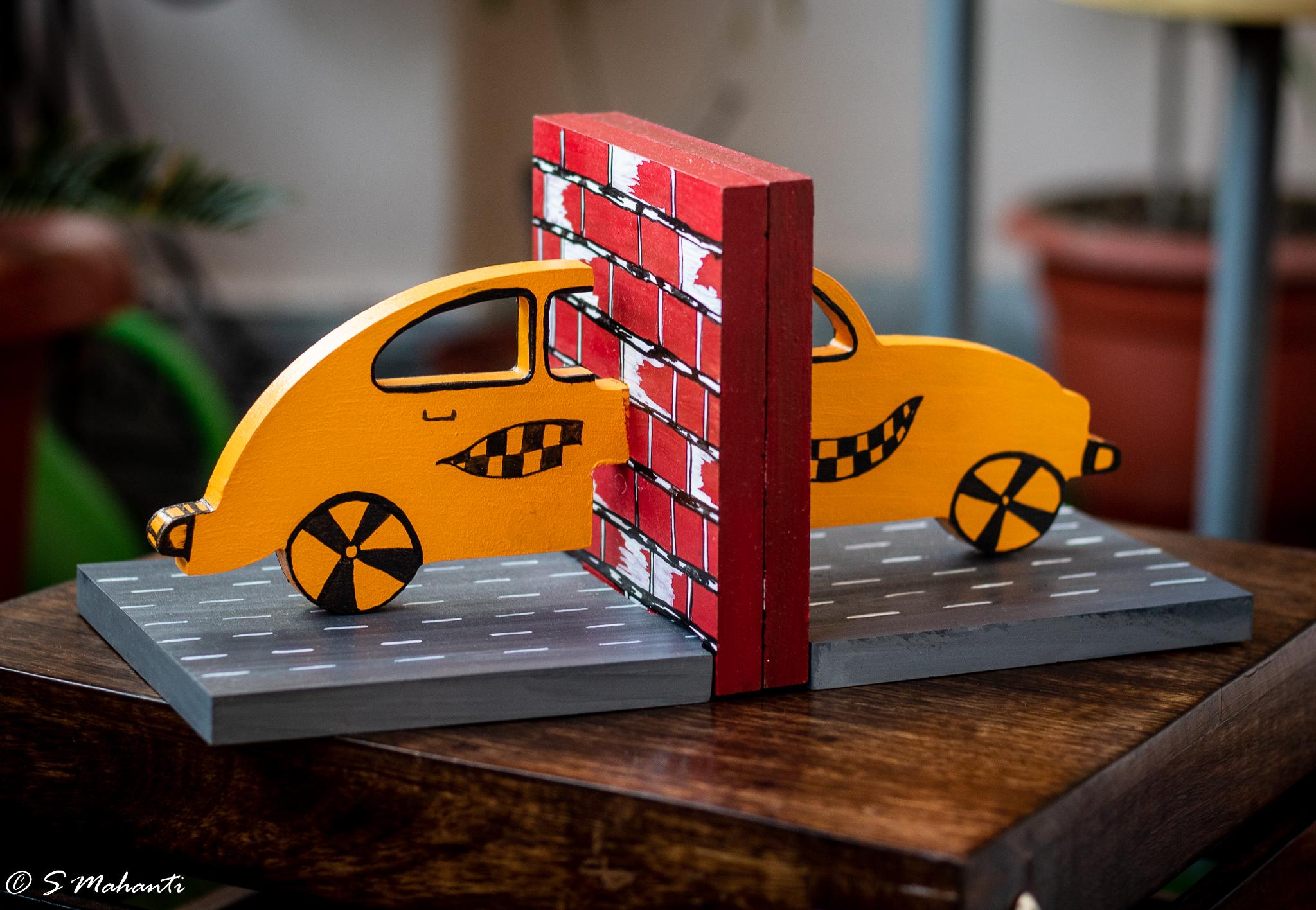 Car themed book end..