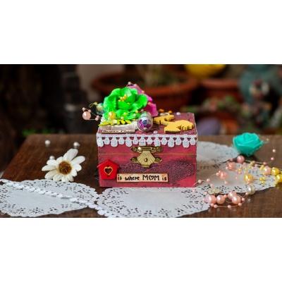 Creative Corner Box Full of Love  Mom Special Box 1
