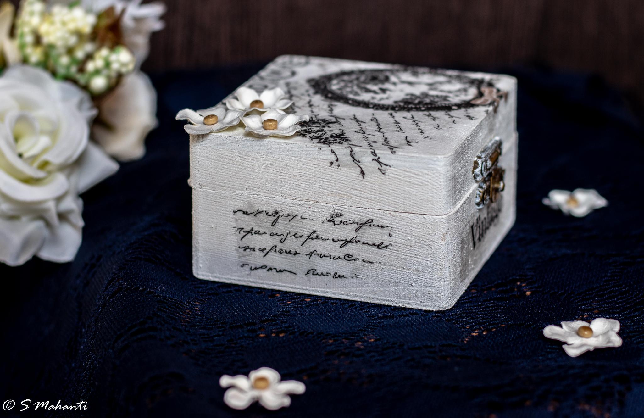 Multipurpose box.