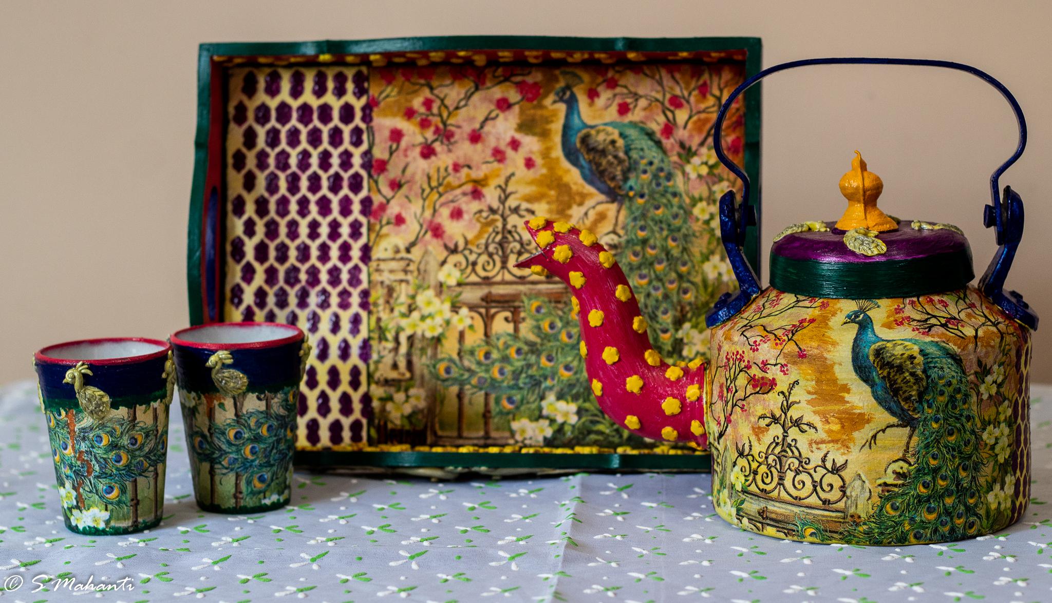 Peacock themed kettle set 1